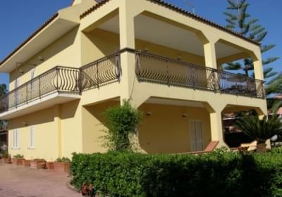 Casa Vacanze Villa Meri Lucy